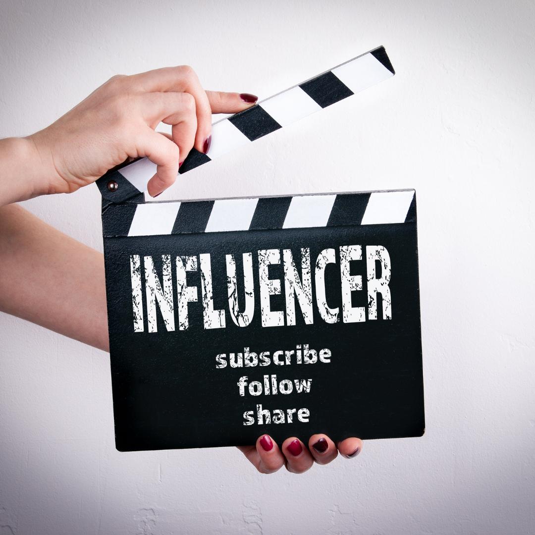 Muss man ein Influencer sein, um eigene Kosmetikprodukte erfolgreich über Social Media zu vertreiben?